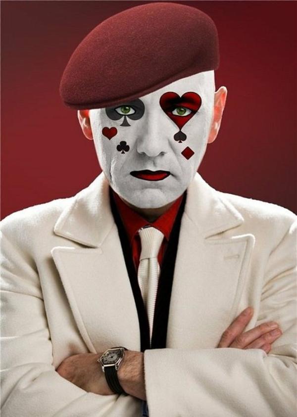 maquillage halloween homme mime motif cartes à jouer