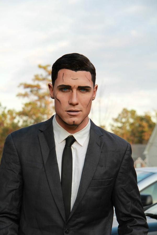 maquillage halloween homme personnage de série animée