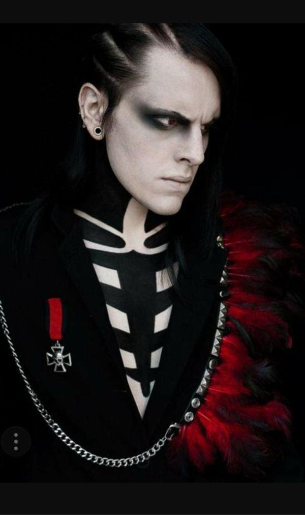 maquillage halloween homme personnage historique