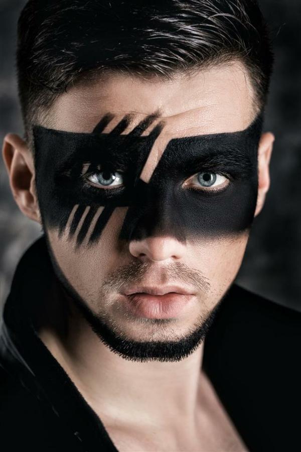 maquillage halloween homme zoro