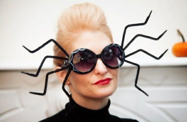 masque halloween à fabriquer vous-même à partir de lunettes de soleil