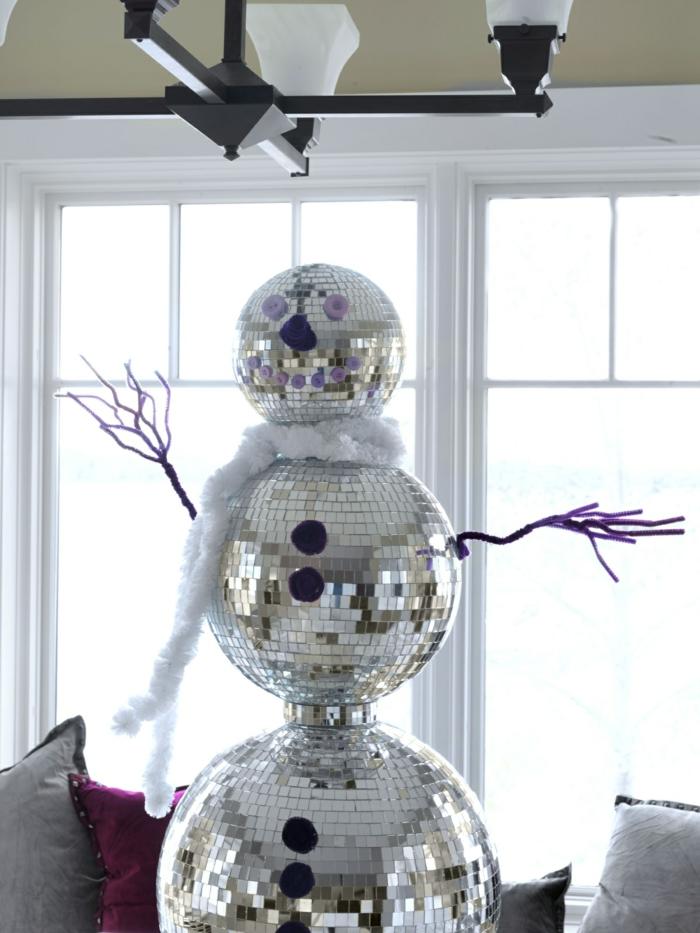 recyclage idée originale bonhomme de neige en chaussette