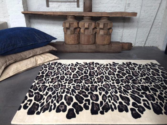 tapis imprimé animal imprimé léopard
