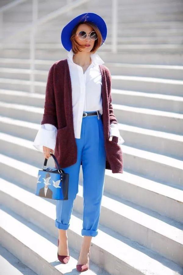 tendance mode femme 2019 chapeau bleu