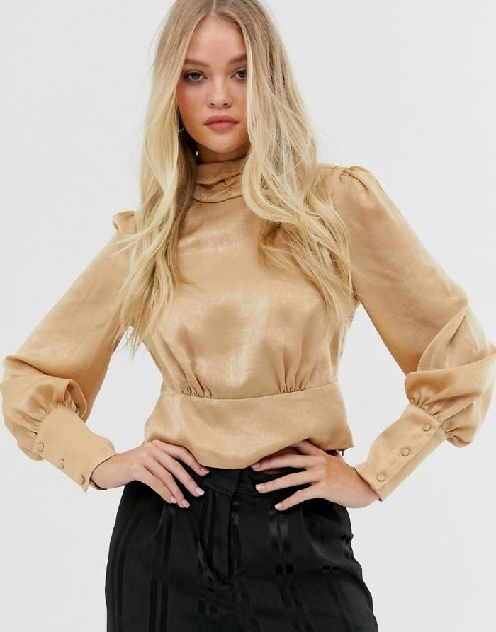 tenue aller au bureau blouse à manches bouffantes