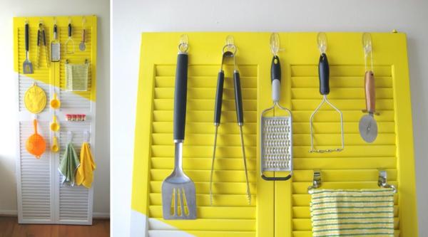 transformer une vieille porte en bois en meuble pratique organiseur de cuisine