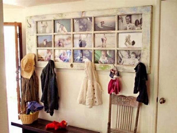 transformer une vieille porte en bois en meuble pratique tableau cadre photo