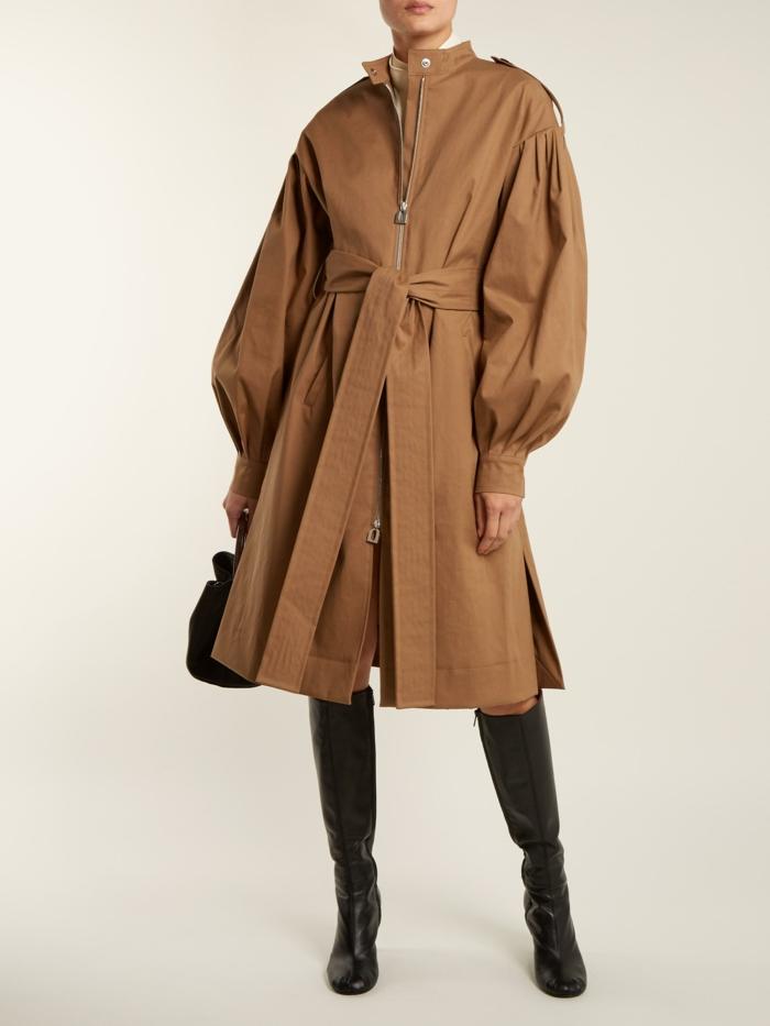 trench coat modèle à manches bouffantes