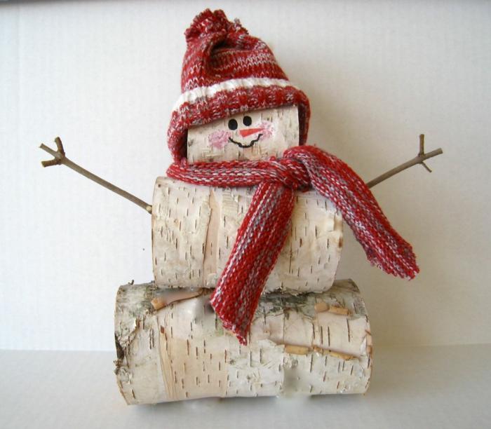 troncs d'arbre bonhomme de neige en chaussette déco noël