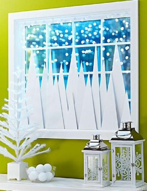 bricolage noël facile déco de fenêtre carton et pompons