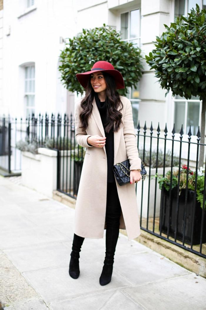capeline chapeau femme hiver et manteau long