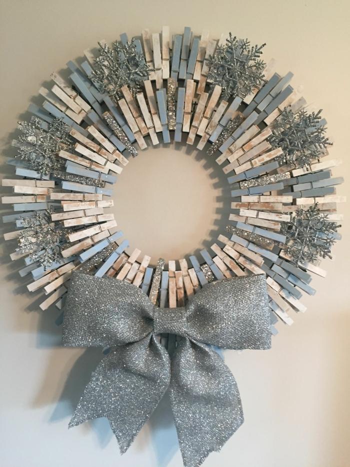 couronne de noël originale avec des pinces à linge