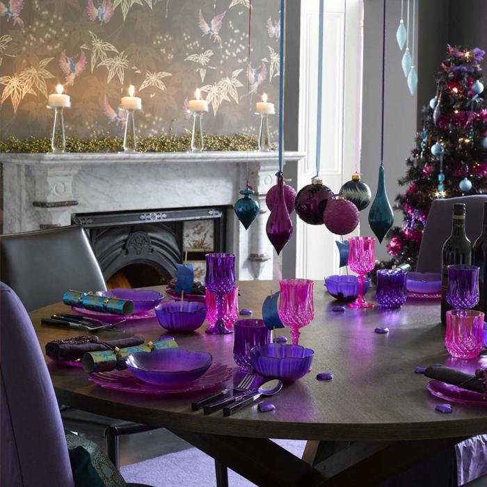 déco-en-violet-assiette-de-Noël