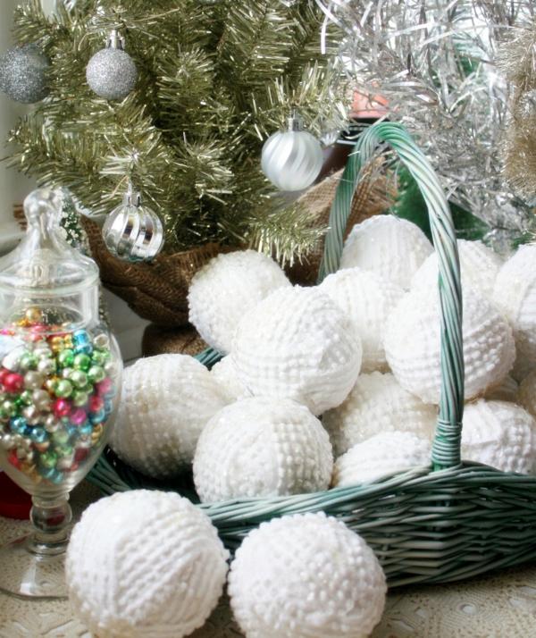 déco table noël à fabriquer boules de neige en textile