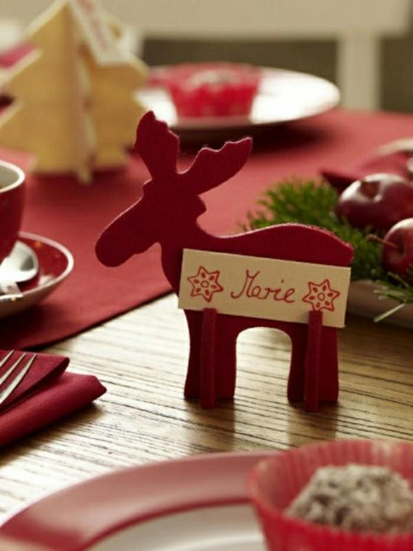 déco table noël à fabriquer marque-place cerf rouge