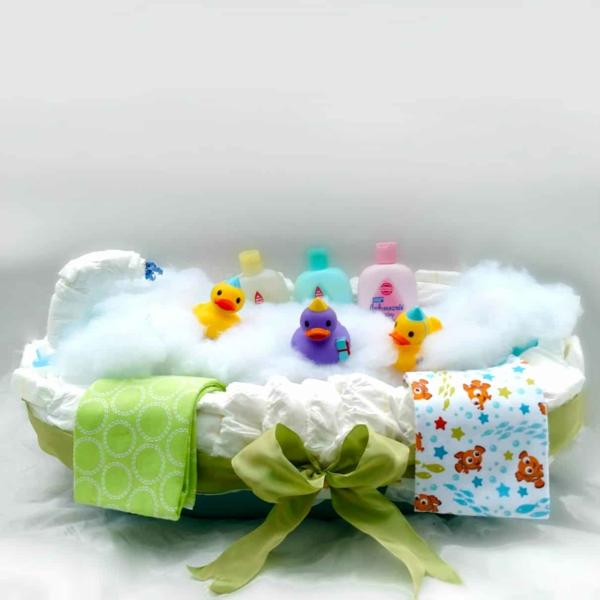 fabriquer un gâteau de couches baignoire