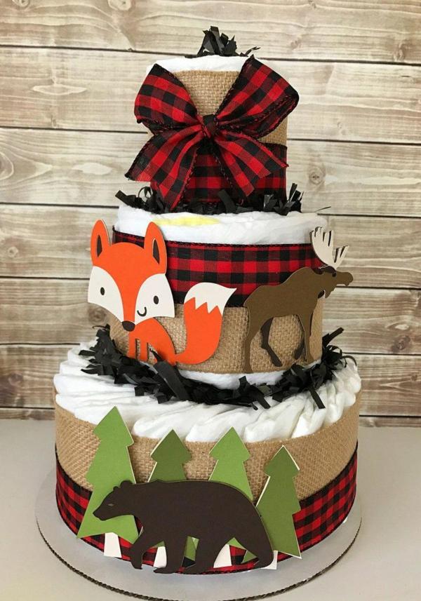 fabriquer un gâteau de couches déco animaux en carton