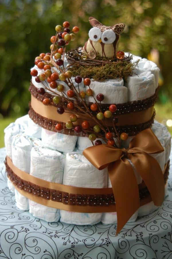 fabriquer un gâteau de couches déco rustique