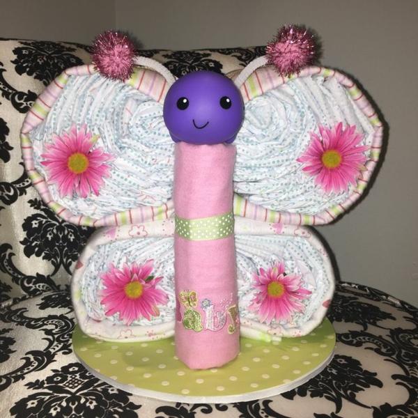 fabriquer un gâteau de couches papillon