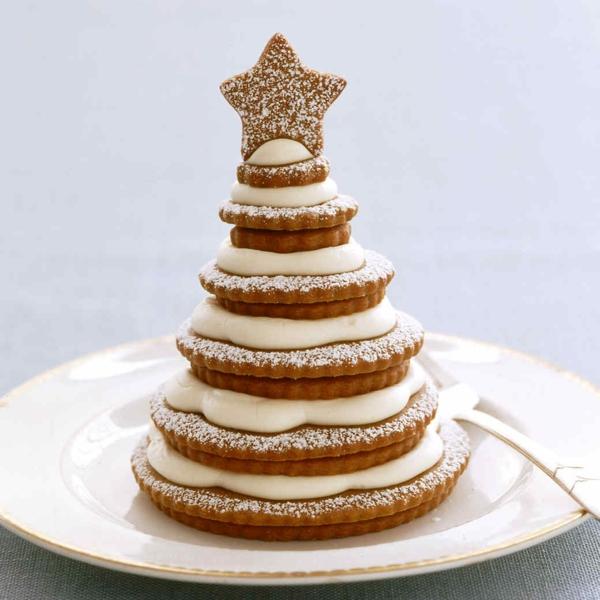 gâteau sapin de noël biscuits au gingembre glaçage au fromage crème