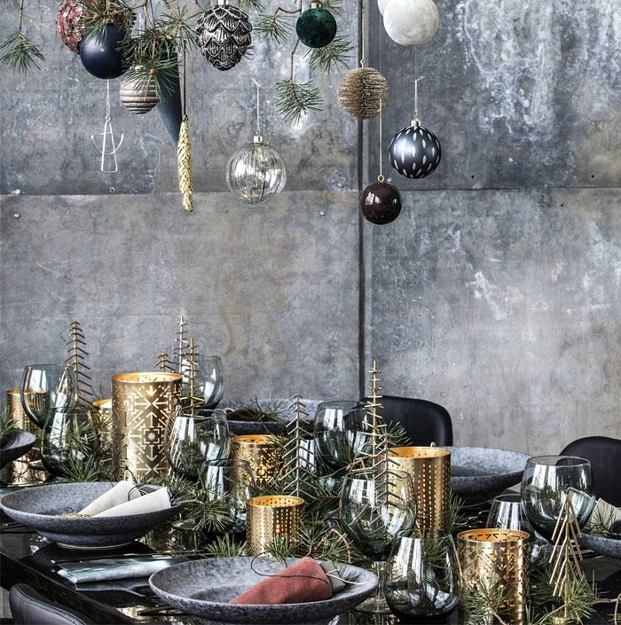 noir et doré assiette de Noël