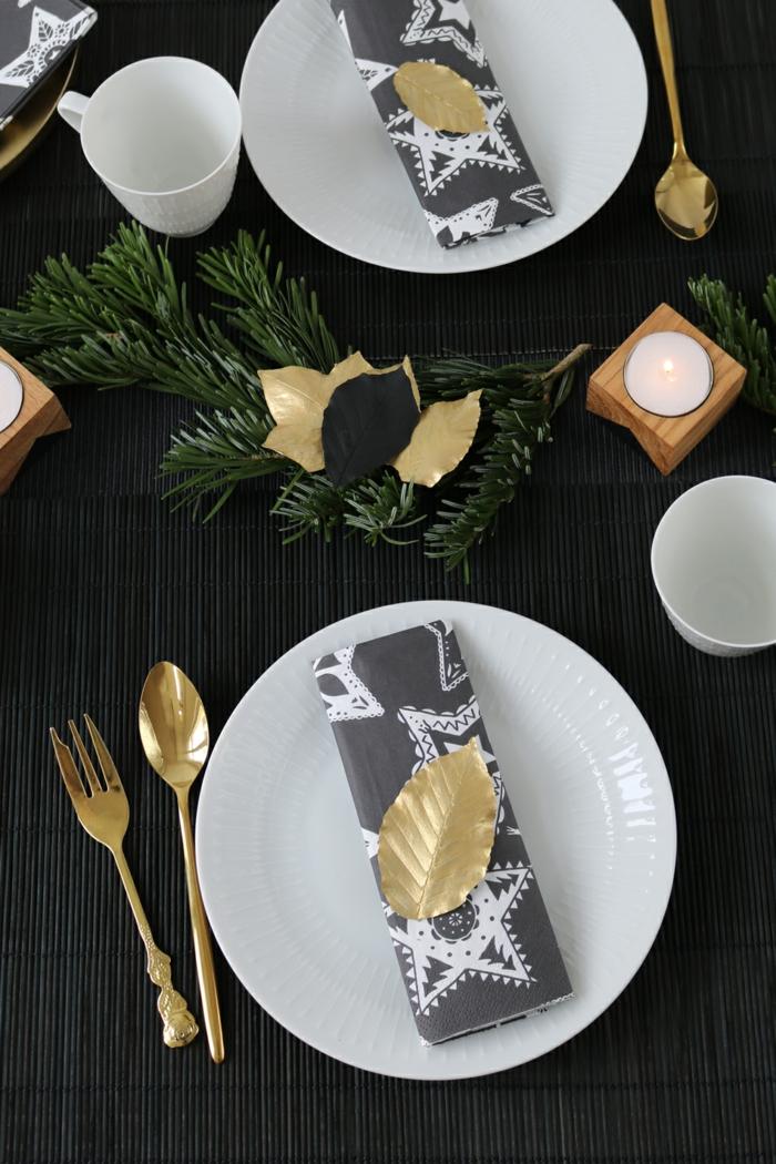 noir et doré idée déco assiette de Noël