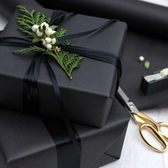 papier ardoise emballer un cadeau noël