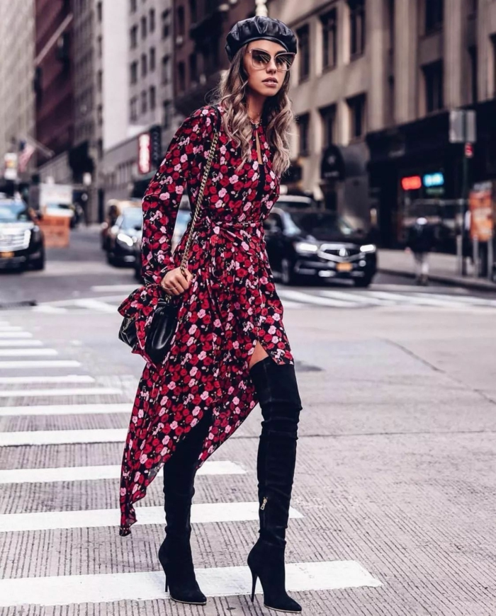 robe et cuissardes avec un béret mode femme chapeau femme hiver