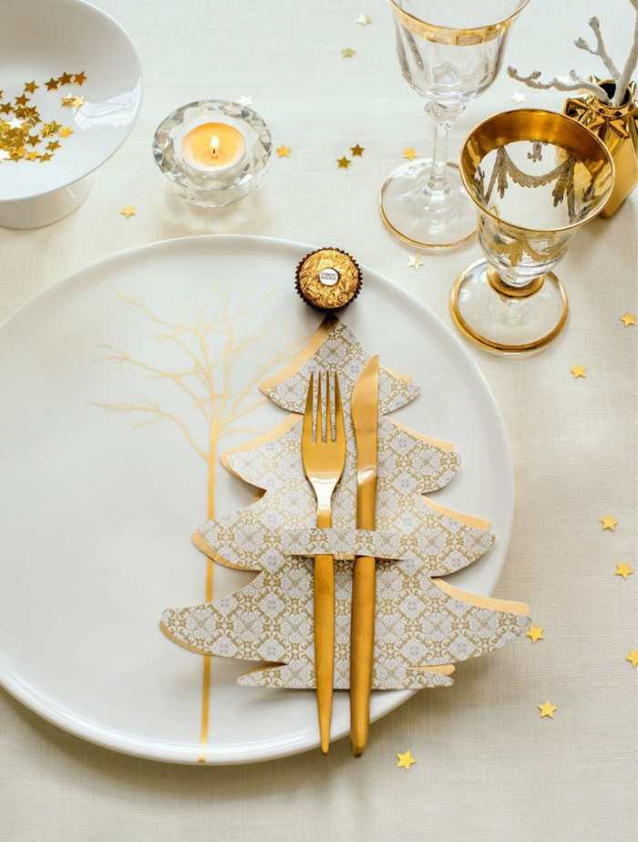 touche de doré assiette de Noël déco