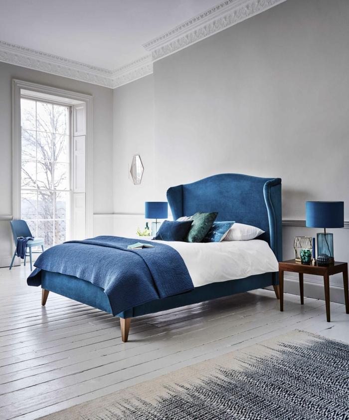 bleu et gris classic blue couleur pantone 2020