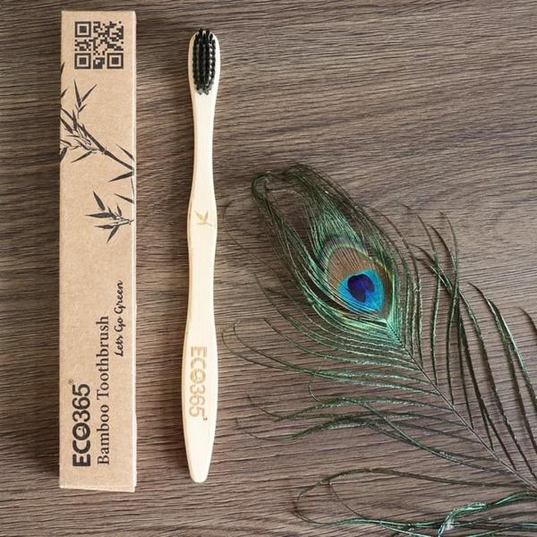 cadeau zéro déchet brosse à dents en bambou
