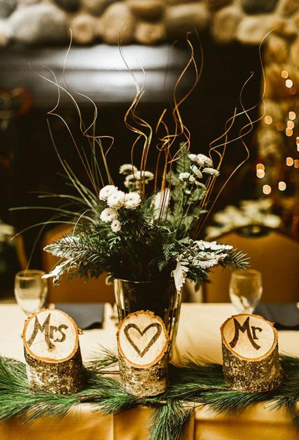 déco mariage hiver table festive bois verdure et fleurs