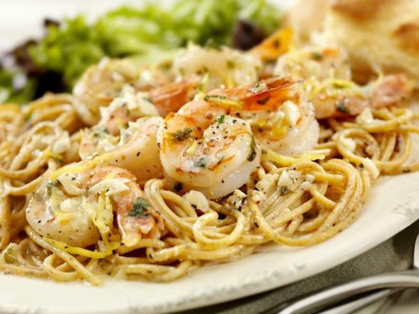 idée repas nouvel an Pasta aux crevettes marinées