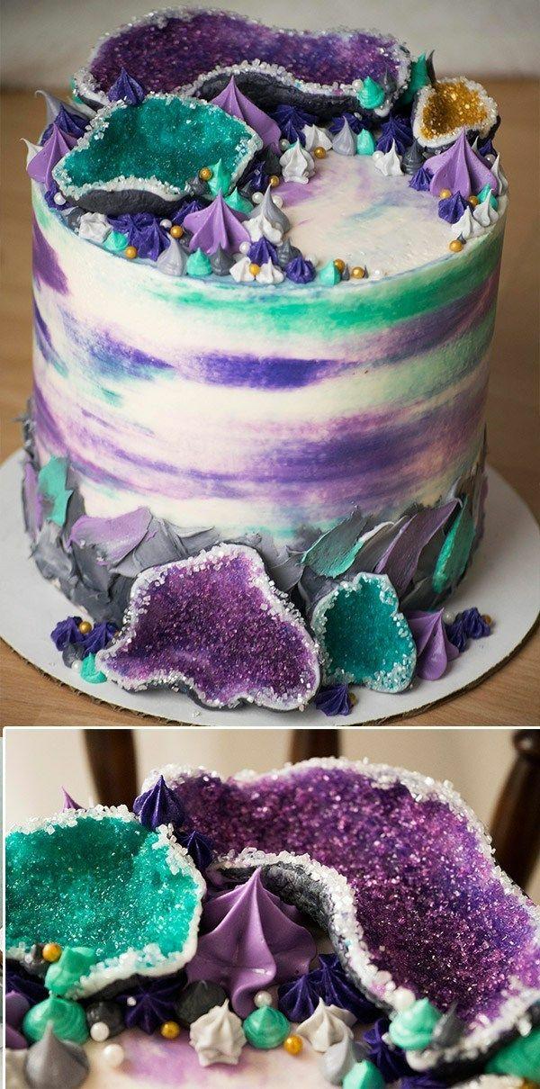 préparer gâteau géode sucre rock candy de couleurs turquoise et pourpre