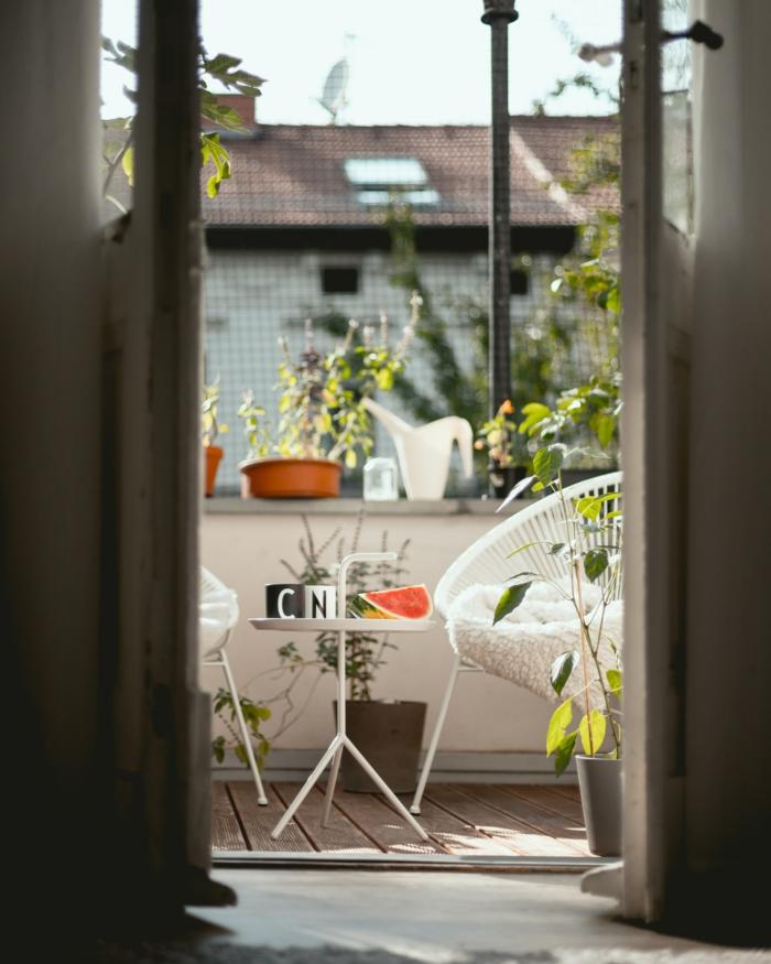 salon de jardin design idées chaise légère