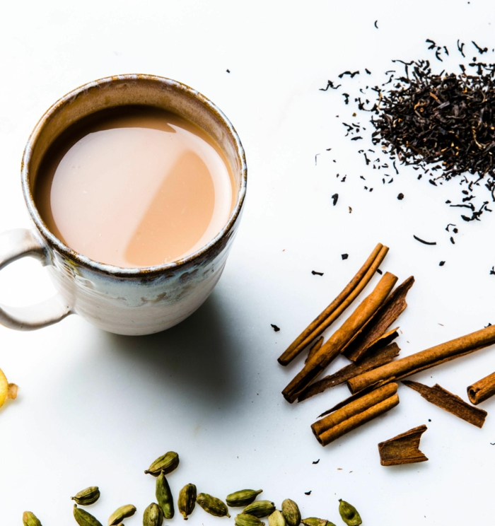 tasse de thé masala chai tea latte boissons hivernales