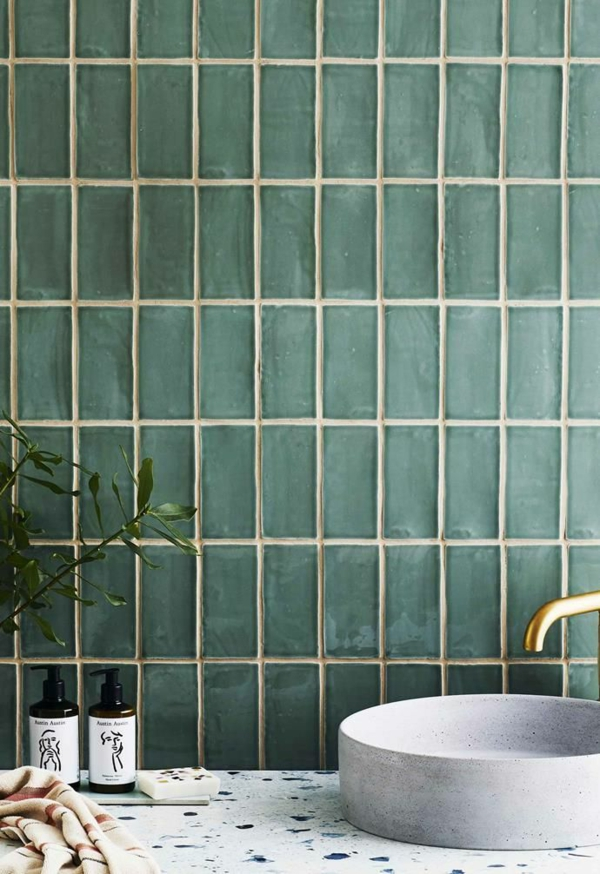 carrelage salle de bain 2020 carreaux de métro en céramique brillante Avalon en vert jade