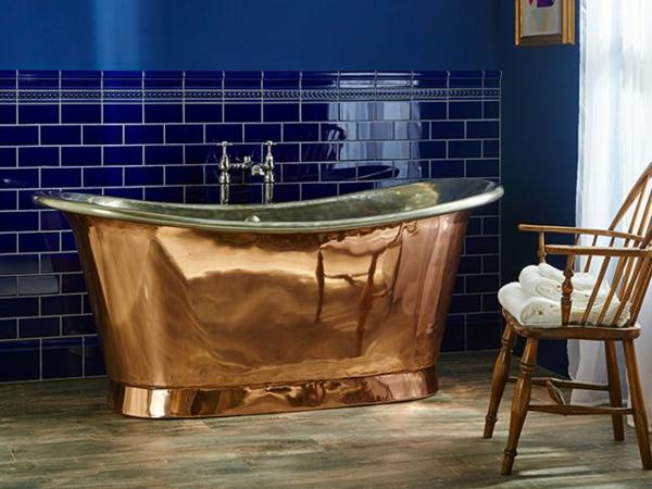 carrelage salle de bain 2020 carreaux métro couleur bleu encre joints blancs
