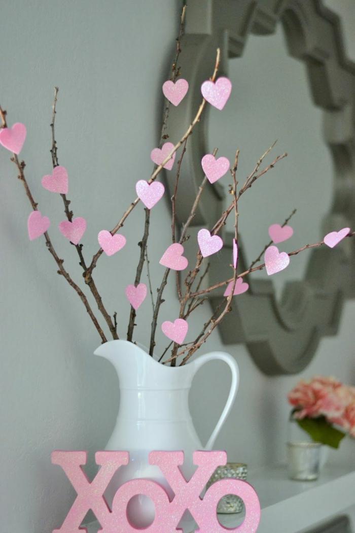 coeurs en papier déco chambre romantique
