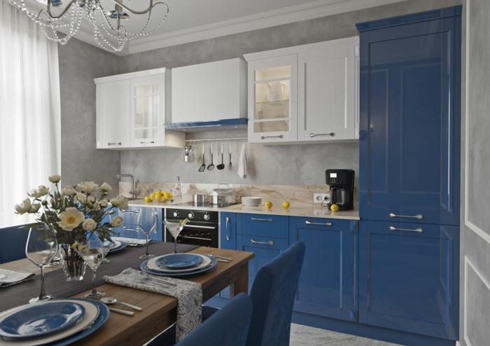 cuisine bleu classique avec blanc