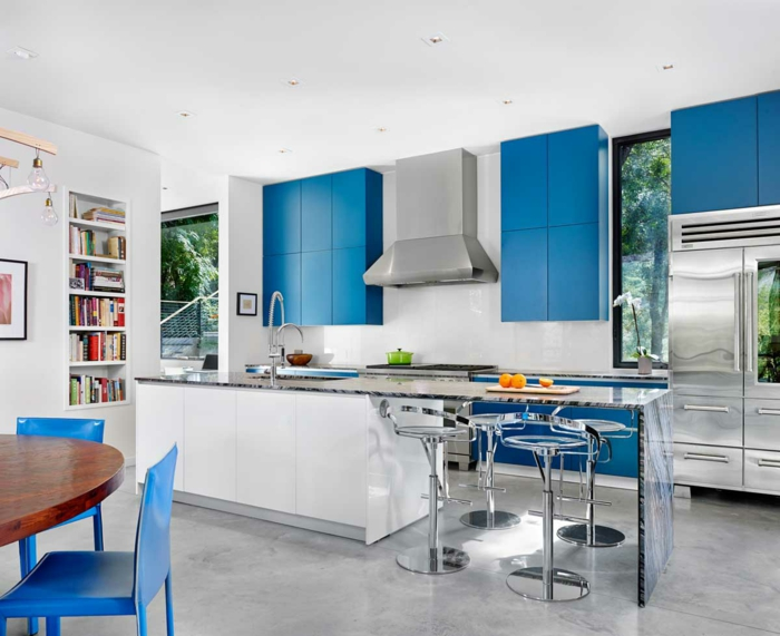 cuisine bleu classique look moderne