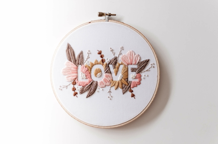 diy broderie romantique idée déco chambre romantique