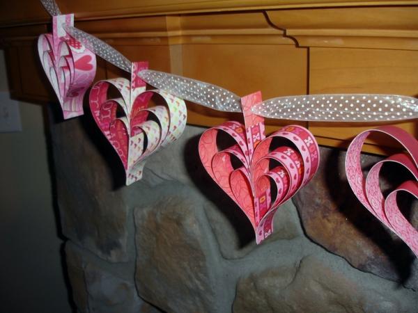 diy guirlande coeur saint valentin papier kraft ruban
