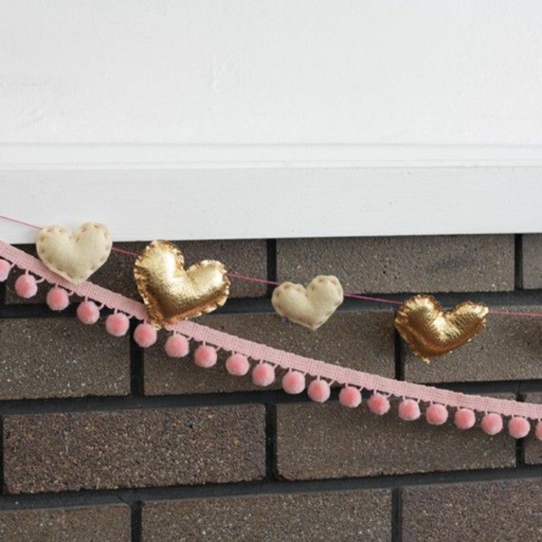 diy guirlande coeur saint valentin textile