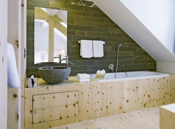 salle de bain sous comble mobilier en bois lavabo à poser en granit