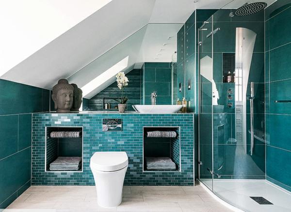 salle de bain sous comble sol granite beige carrelage bleu-vert cabine de douche vitrée