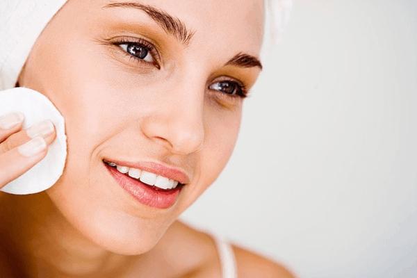 soin peau huile essentielle ylang ylang
