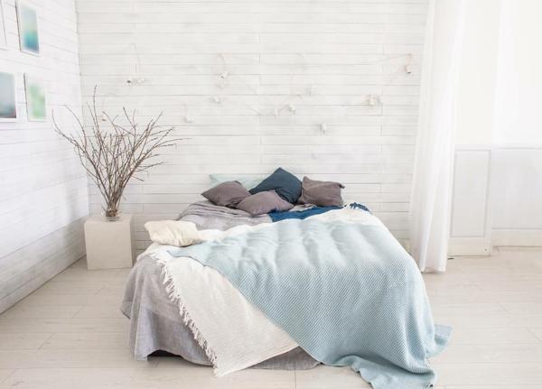 tendances chambre 2020 murs blancs linge de lit pastel