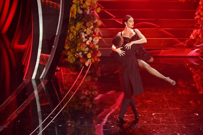 Georgina Rodriguez dansant tango