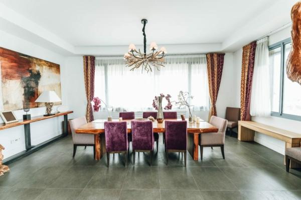Tendances salle à manger 2020 lustre rustique